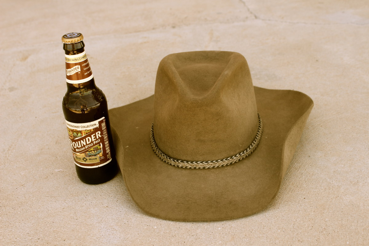 Beer, cowboy hats and country music just naturally go together.