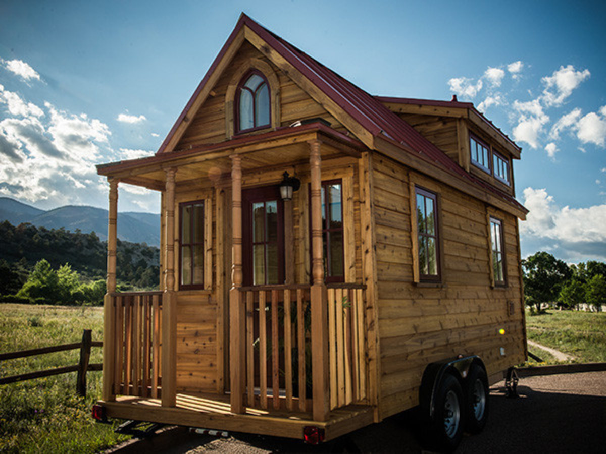 This pre-made elm design exhibits the traits of the ideal tiny house: simplicity and sheer elegance.