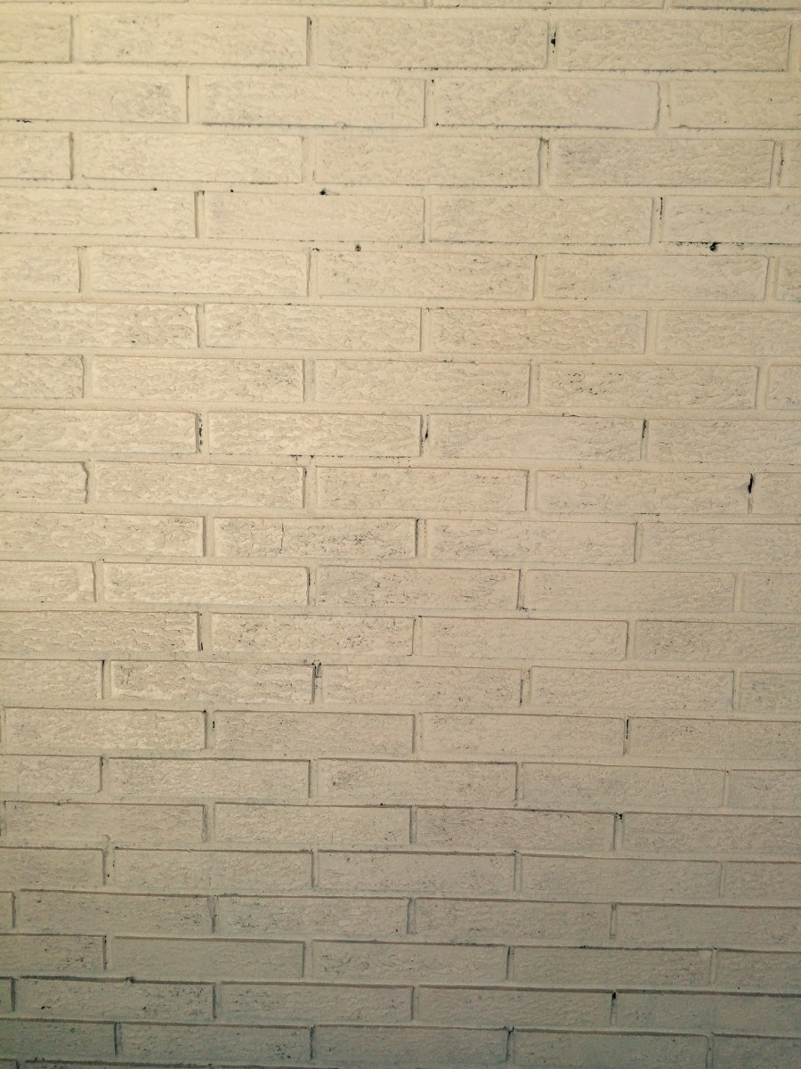 Here's the wall with the contrast color applied. Notice that the shading is varied and sporadic.