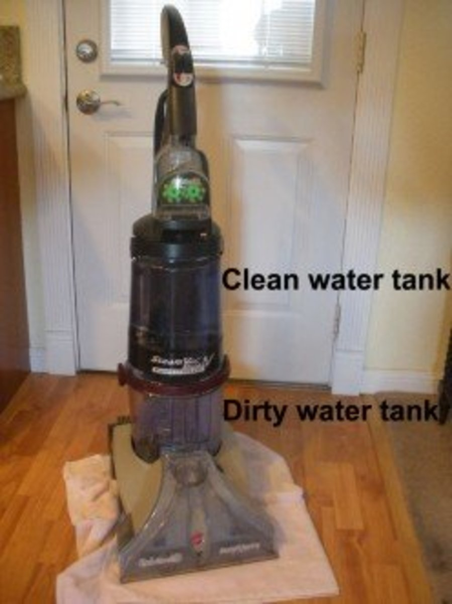 The upper tank holds clean water; the bottom tank holds the dirty water
