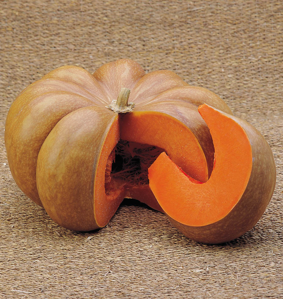 heirloom-vegetables-musquee-de-provence-pumpkins