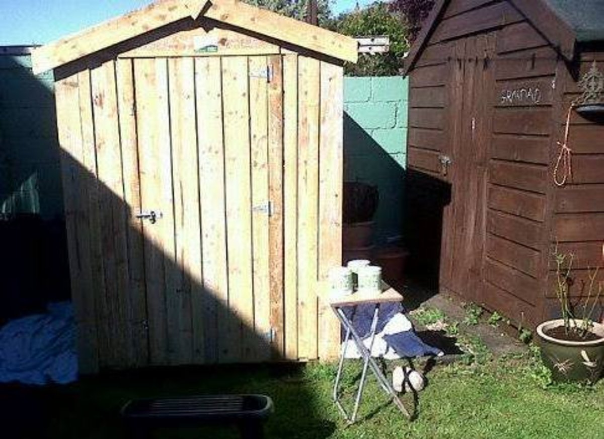 How to paint a garden shed