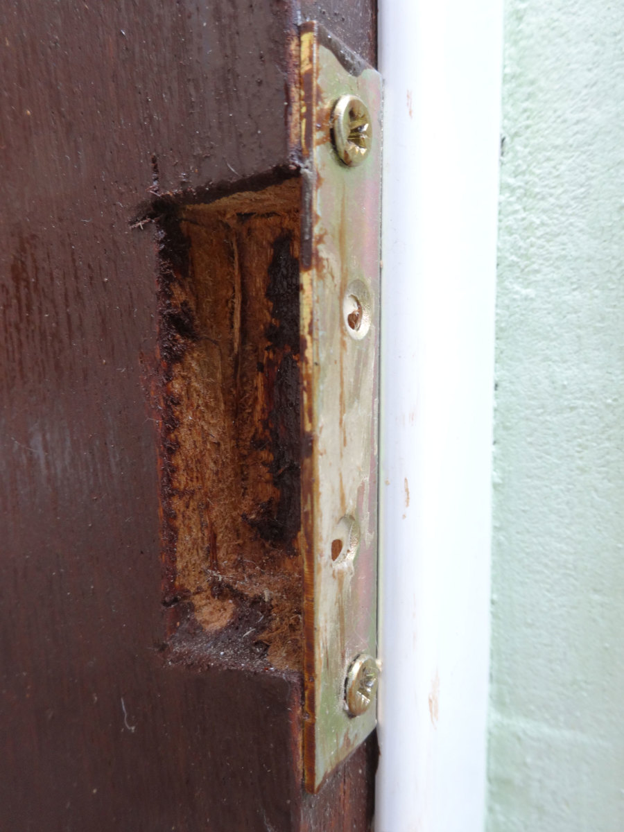 Accommodating the Door locking mechanism