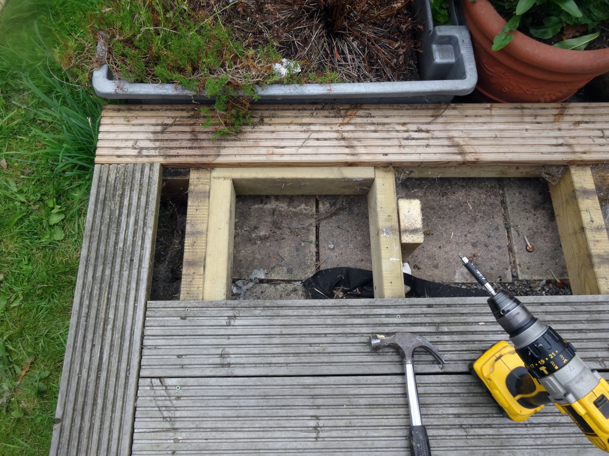 Noggins added to the frame for anchoring the streetlamp to the decking with coach bolts.