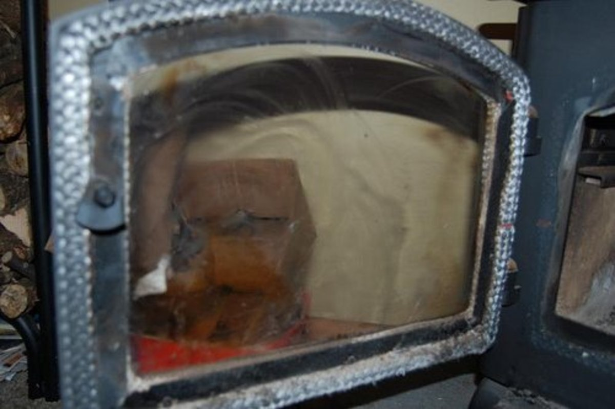 The Best Way to Clean the Glass Window of Your Fireplace