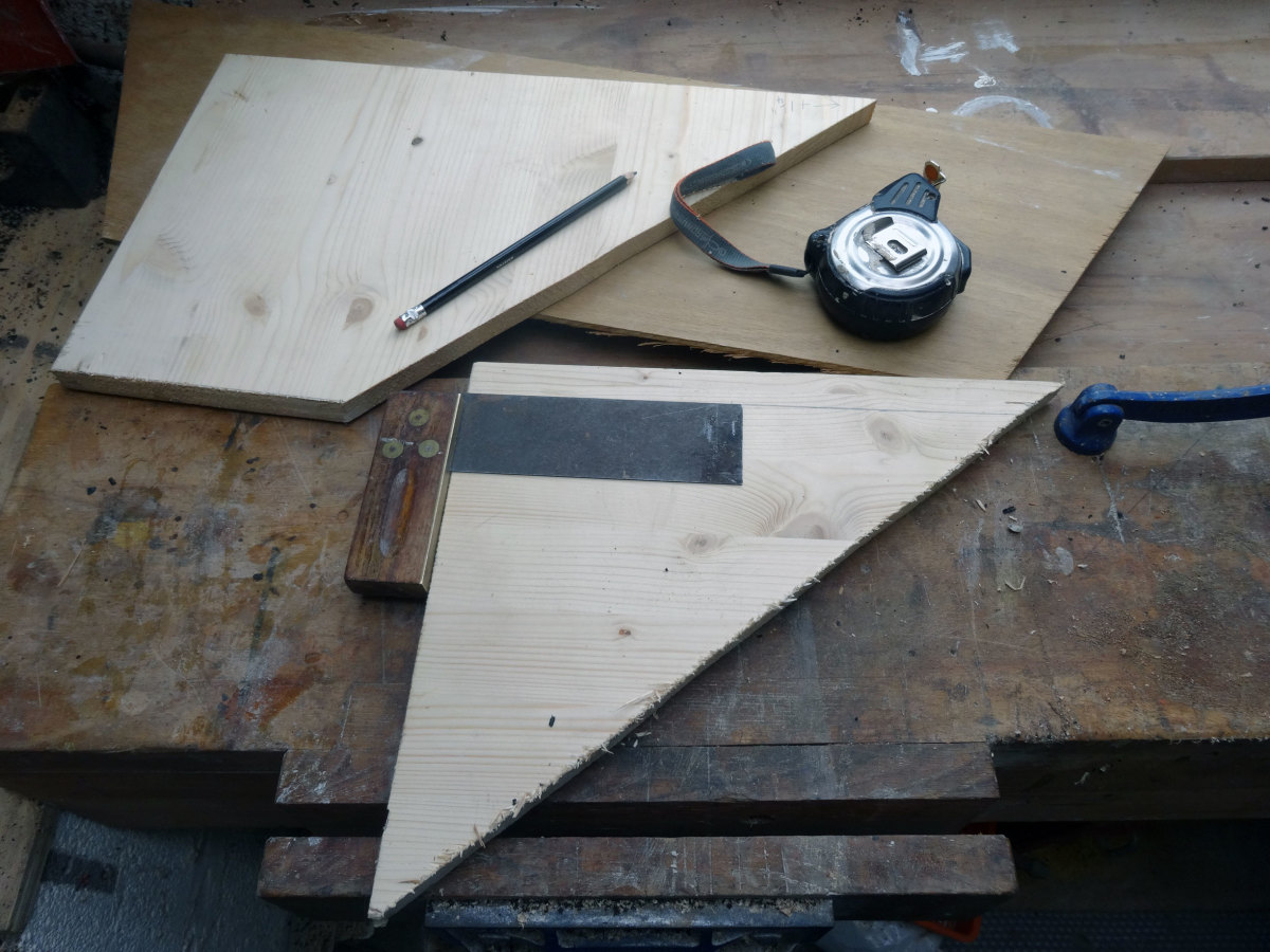 Using scrap wood to make jig: 2 pieces of three quarter inch pine and quarter inch plywood.