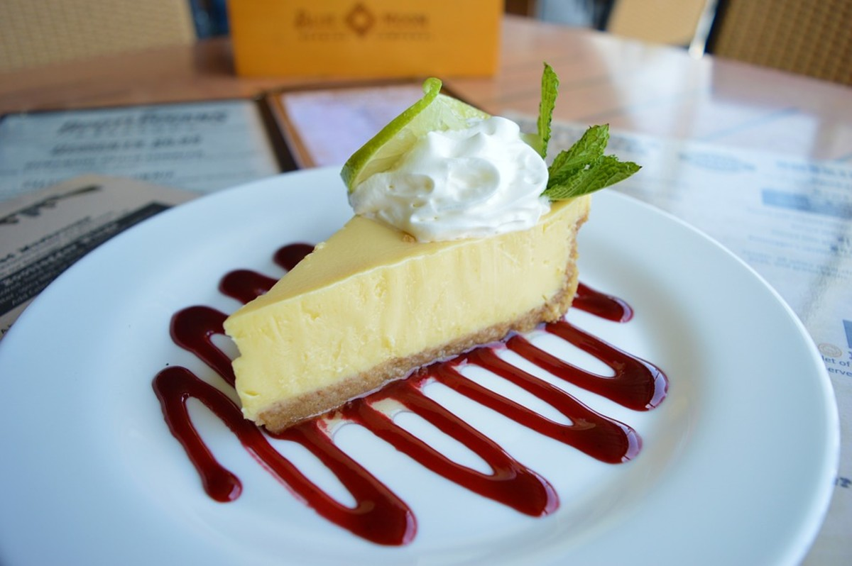 Key Lime Pie that has not been artificially colored