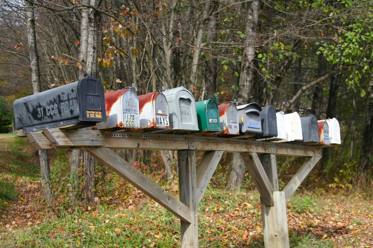 f your mail gets lost because you didn't notify those people you are obligated to notify, you are liable for any missed payments.