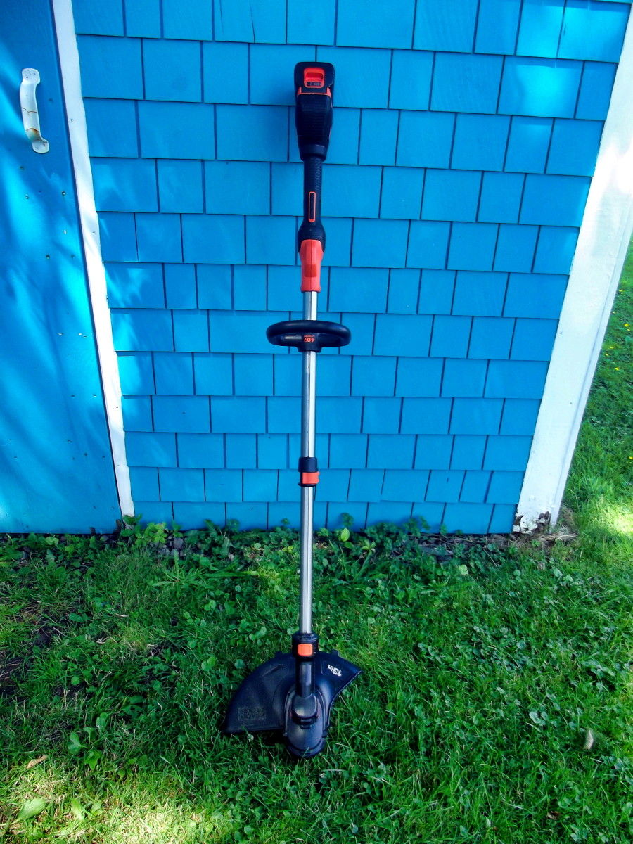 The Black & Decker LST540 Brushless String Trimmer.