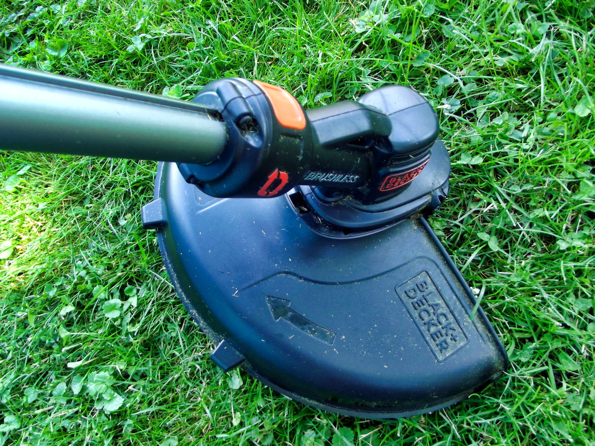 A Review of the Black & Decker LST540 Brushless String Trimmer