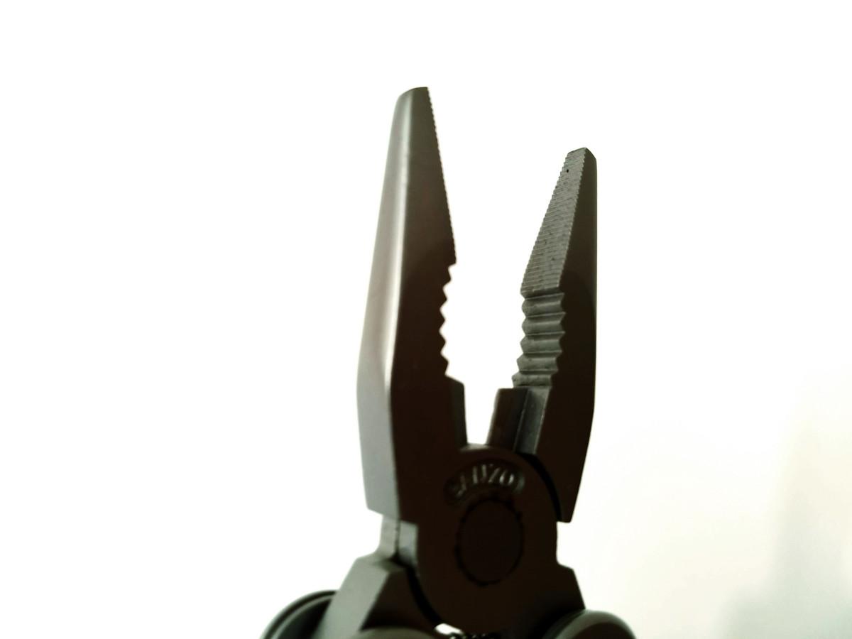 Interlocking wire cutters close-up