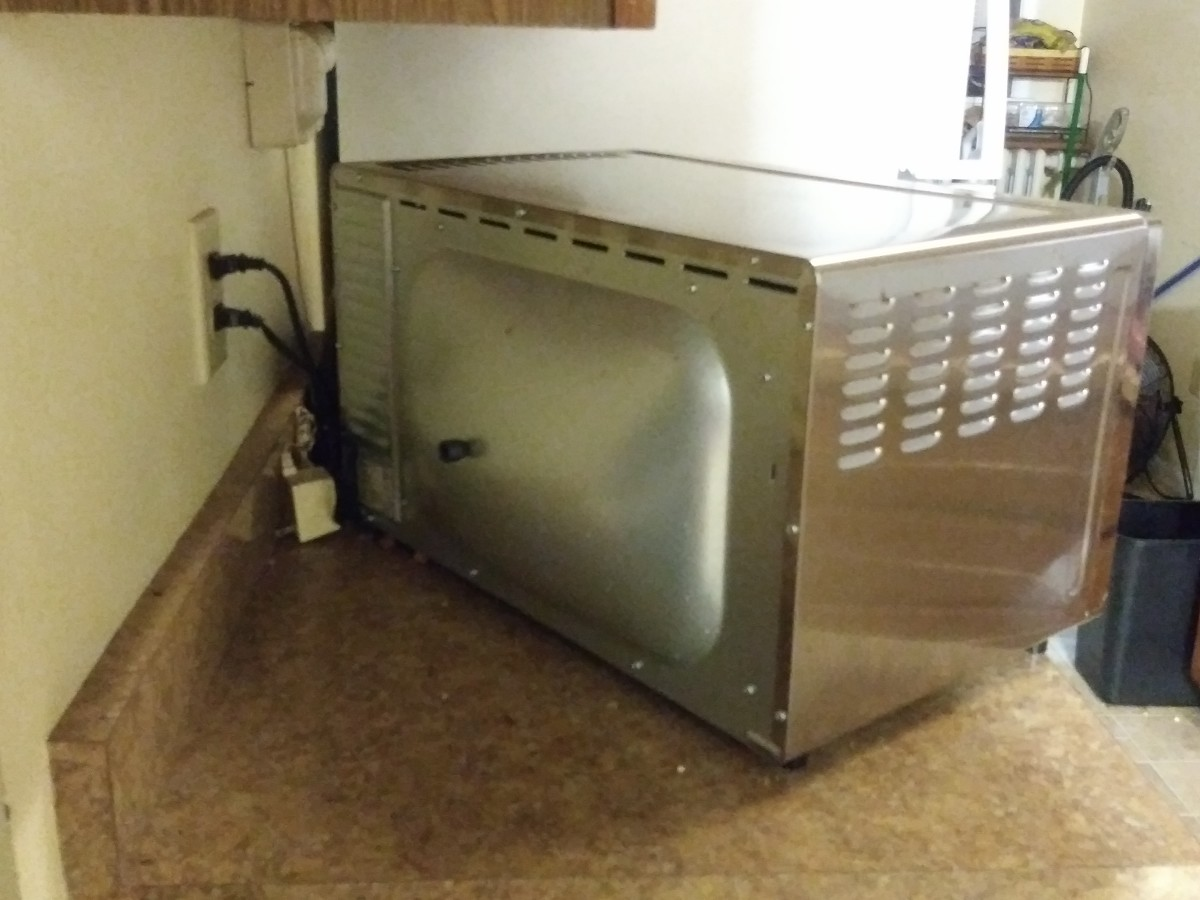 Rear view of the Oster digital convection oven.