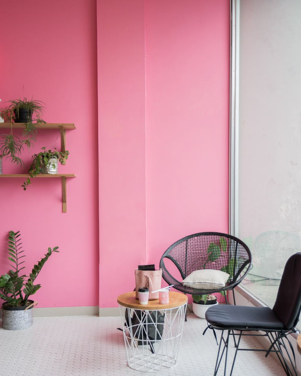 With trendy furniture a pink room can actually look modern.