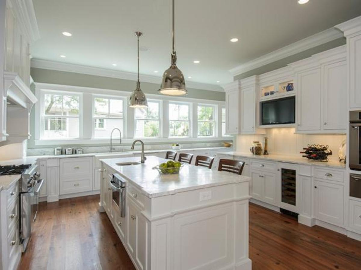 What S The Cost To Paint Kitchen Cabinets