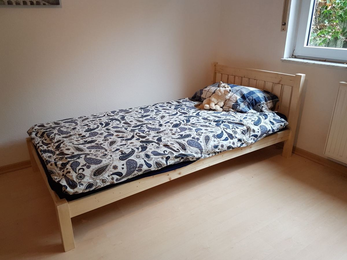 A nicely made bed is the one thing everybody in this house can agree on - and that's a great first step!