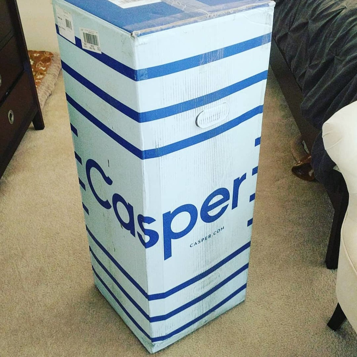 My Casper arrived in a sturdy cardboard box - surprisingly small for a mattress!