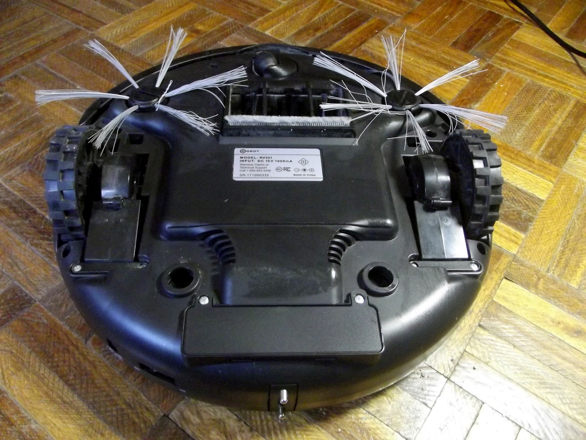 Underside of Kobot RV353 Slim Series Robotic Vacuum