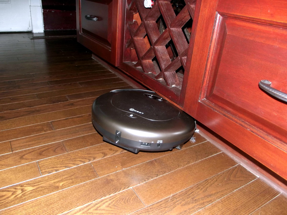 Kobot RV353 Slim Series Robotic Vacuum is trapped and requires assistance