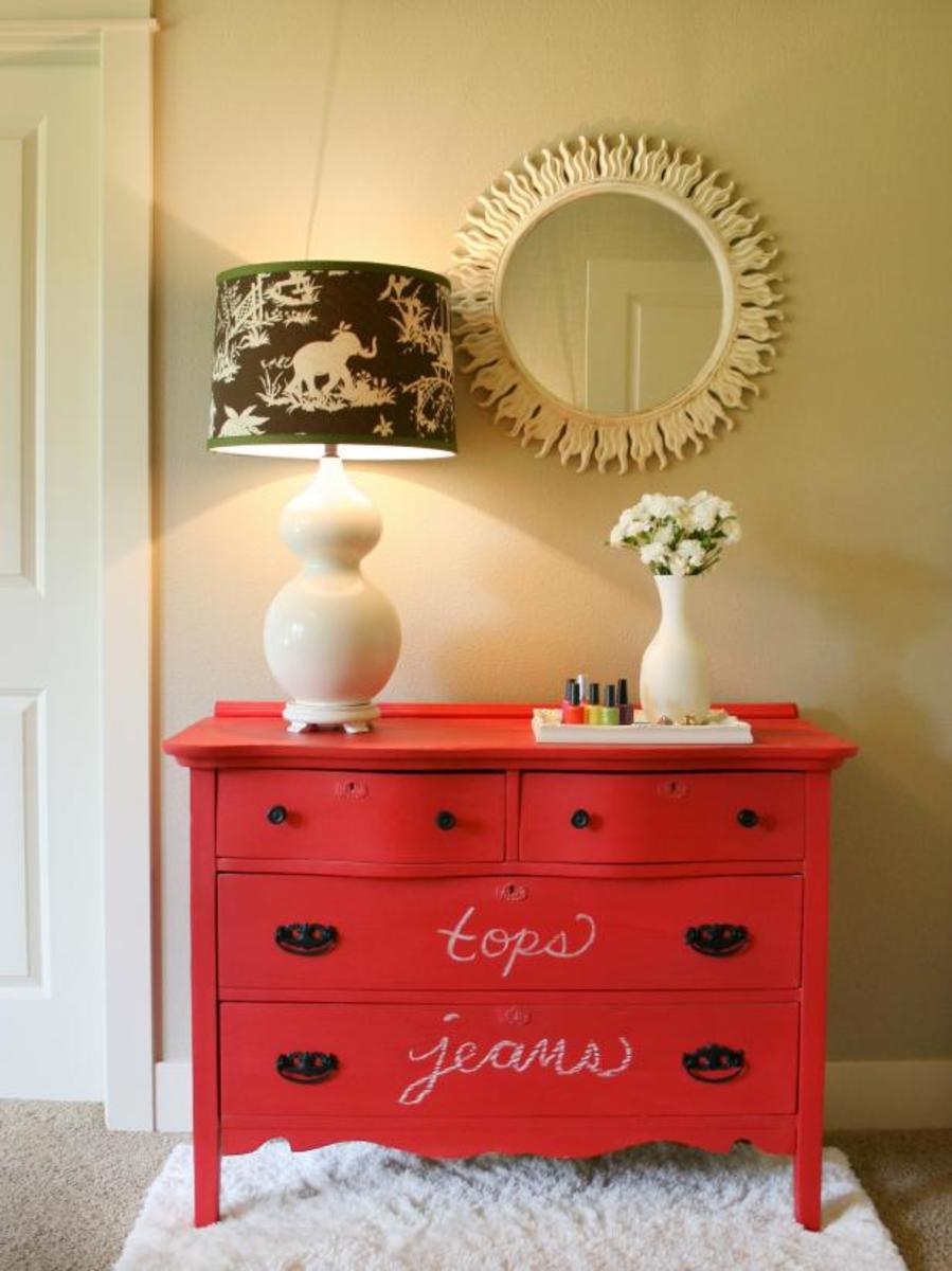 Label the contents on the drawers of your chalkboard dresser.