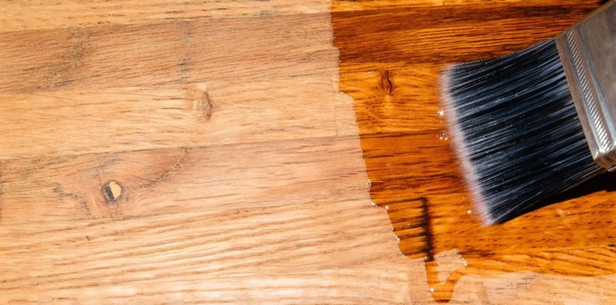 How To Choose And Apply Wood Stains And Finishes Dengarden