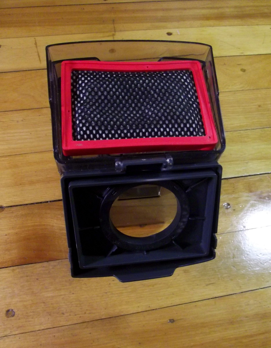 Samsung Powerbot R7040 filter assembly and dustbin