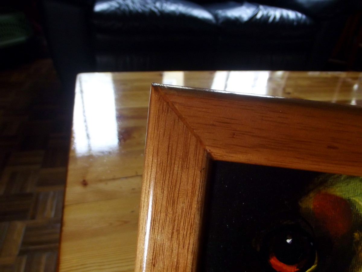 Cut made by Stanley 20-800 Contractor Grade Clamping Miter Box is not perfect; probably operator error.