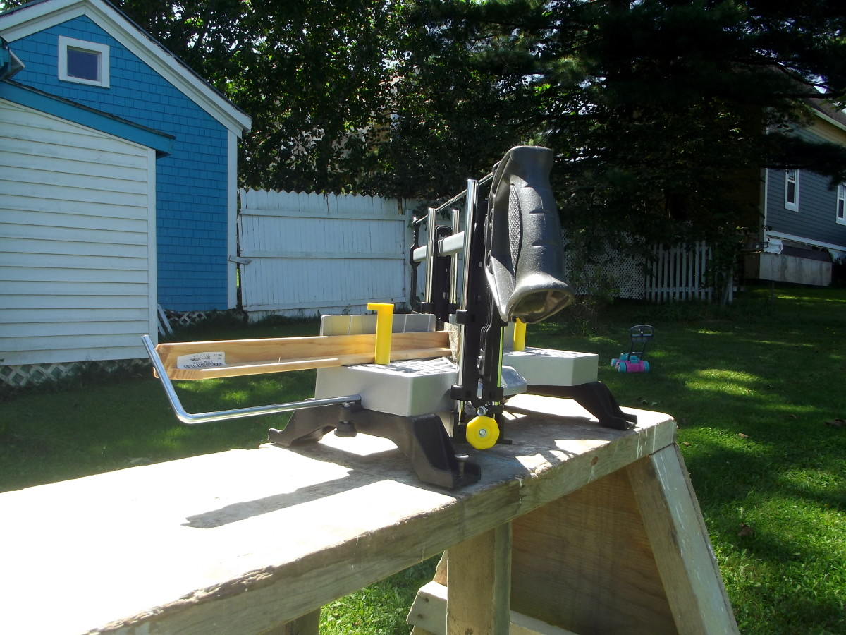 Stanley 20-800 Contractor Grade Clamping Miter Box.