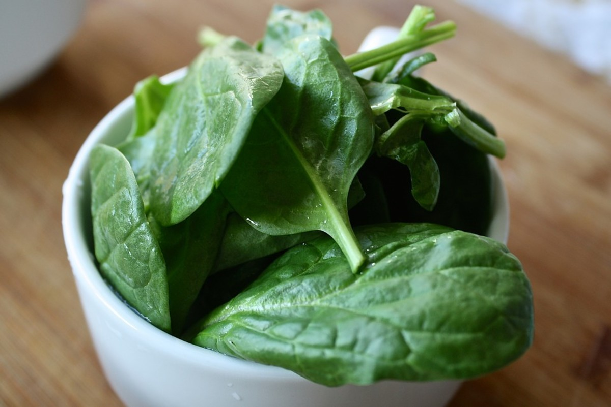 Spinach is a tough and hardy plant that can thrive even in quite poor soils and can be harvested in fewer than 30 days.