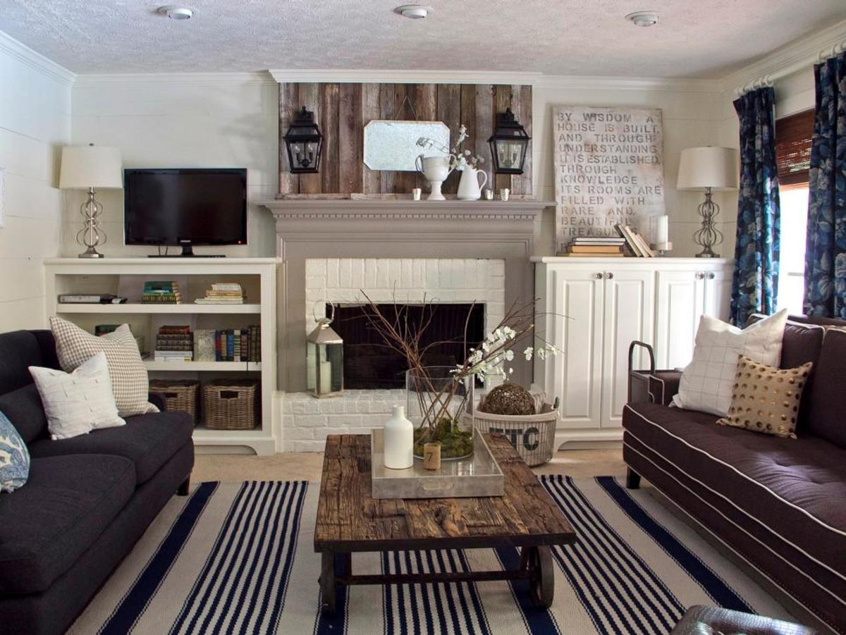 Editing accessory items can be displayed on a coffee table, mantel or a bookshelf.