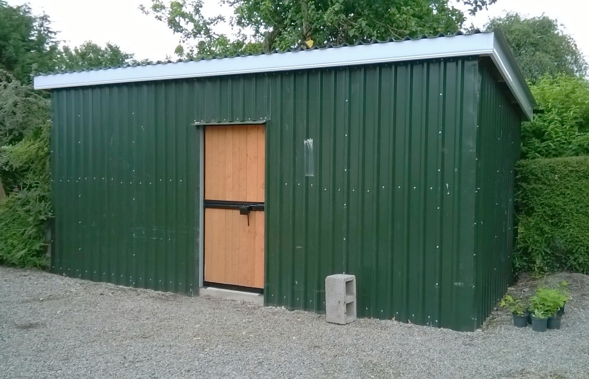 Building a Low-Maintenance Garden Storage Shed From Steel Cladding