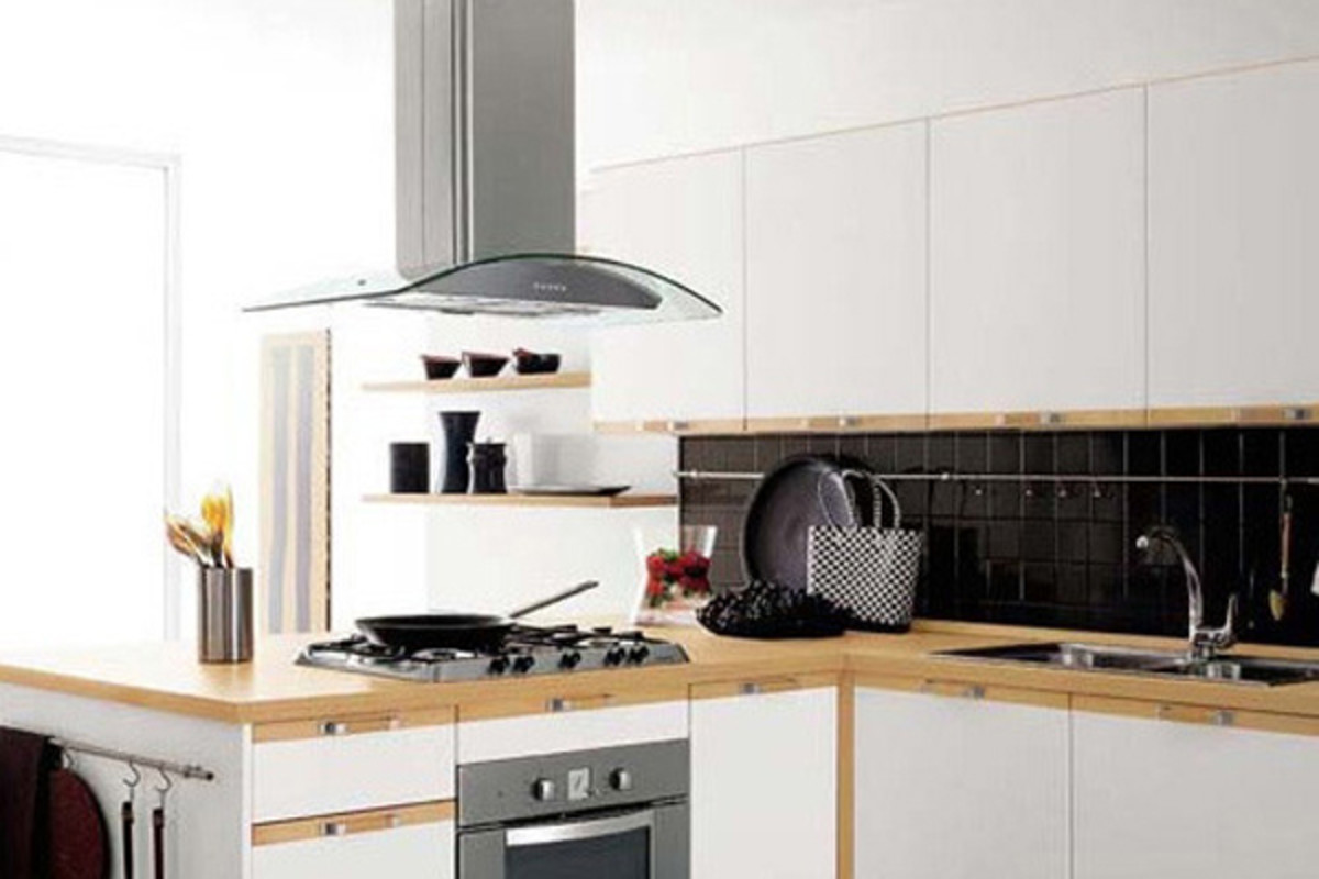 Choosing a Kickin' Kitchen Range Hood