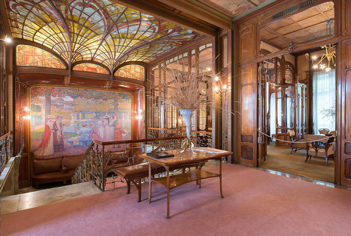 The Hotel Solvay in Brussels by famous art nouveau architect and designer Victor Horta is a good example of this style.
