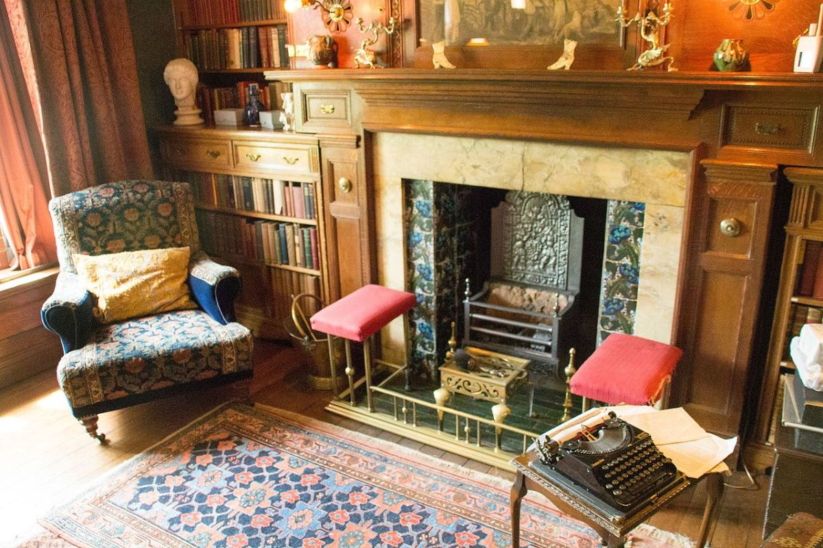 Wightwick Manor's interior is one of the most widely known examples of what this early twentieth century style is about.