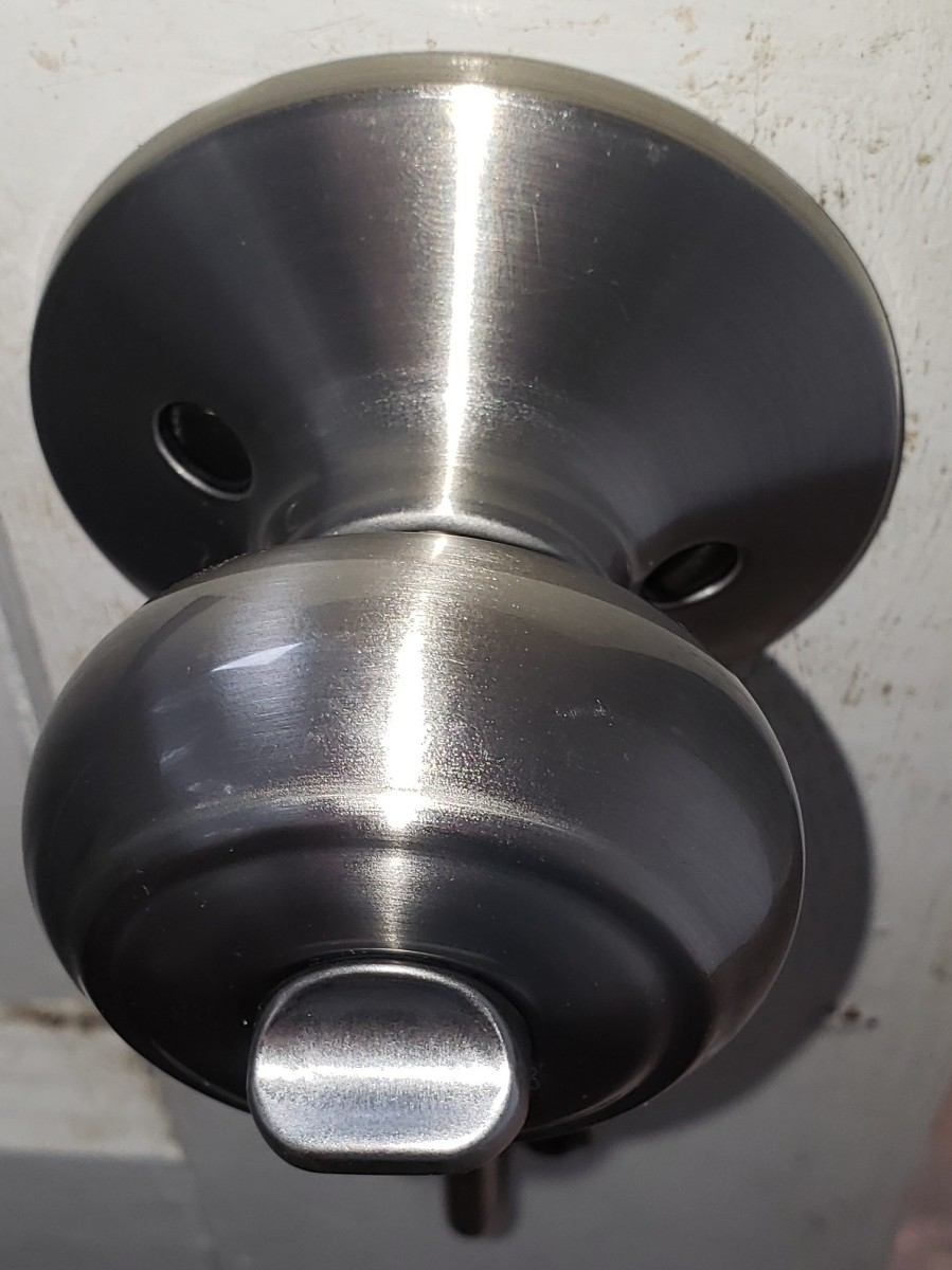 Here is the knob side with two screw holes.