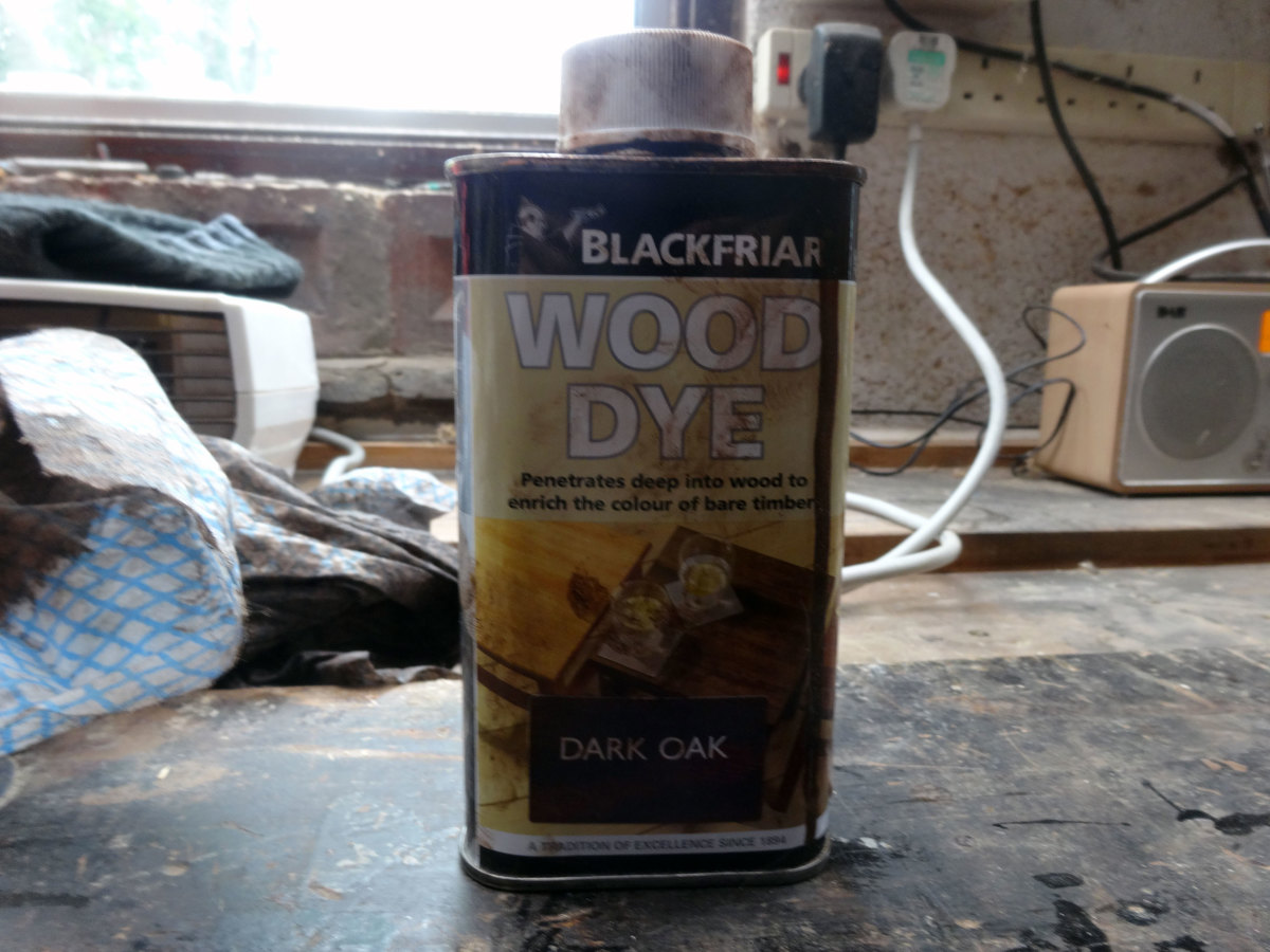 The dark oak coloured wood dye I used.