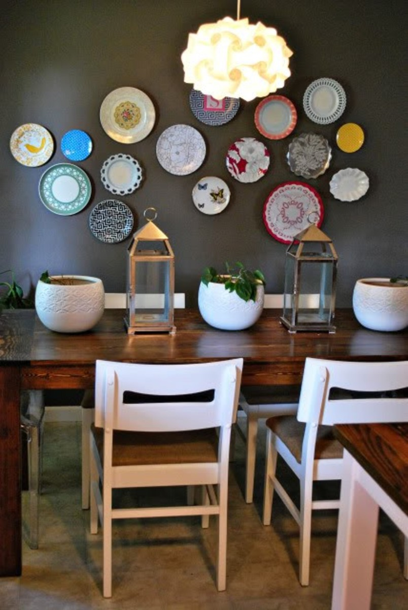 Decorating with Plates: Using Dinner Plates to Decorate your Walls | Dengarden