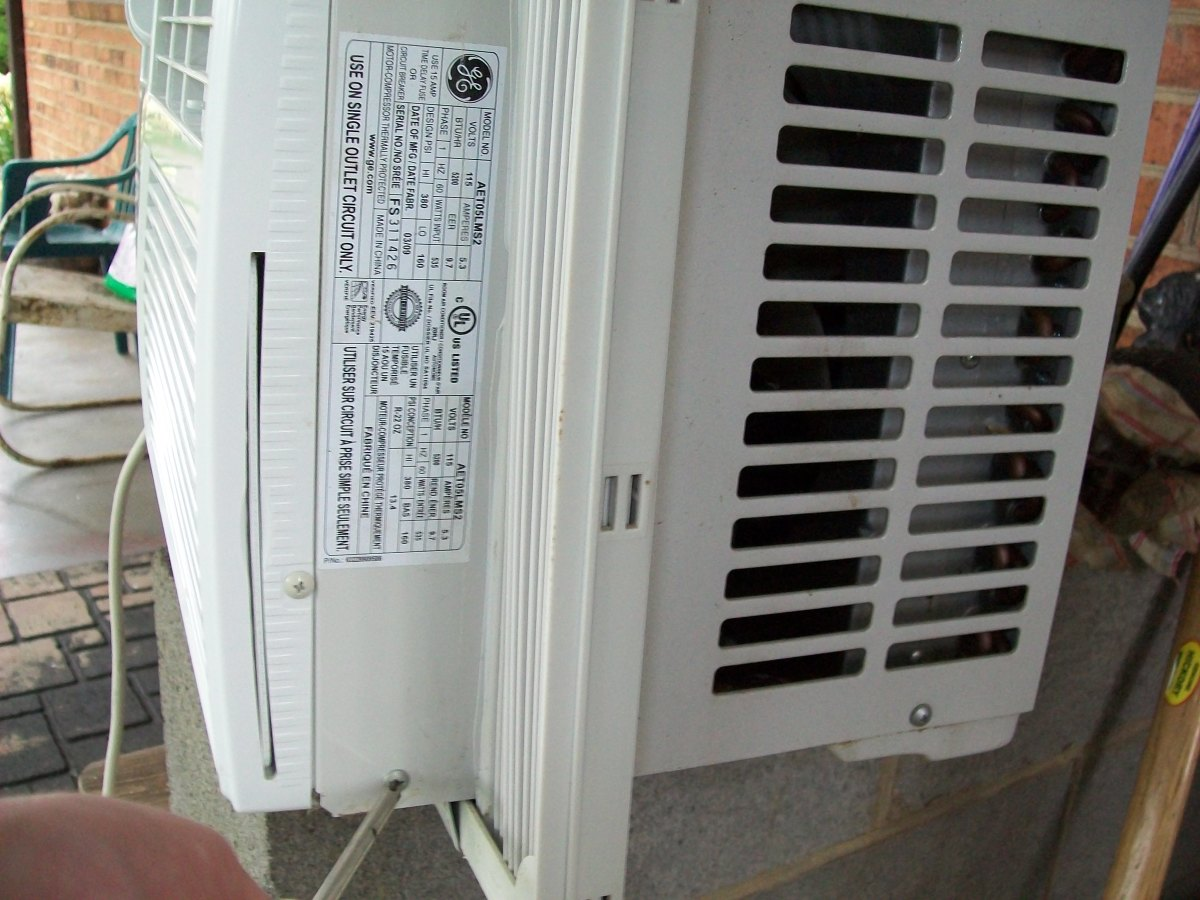 how to clean a window air conditioning unit. Black Bedroom Furniture Sets. Home Design Ideas