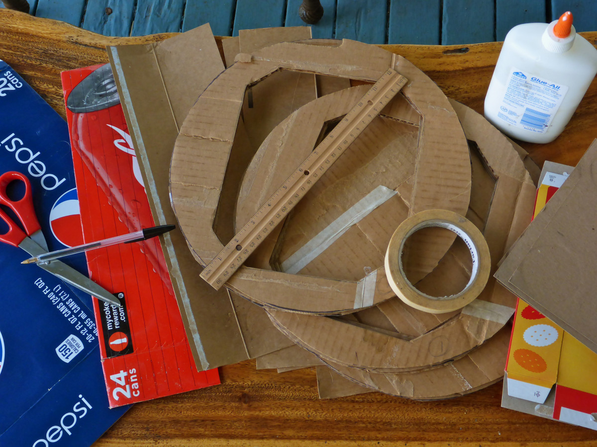 Make your own glue trap using household items.