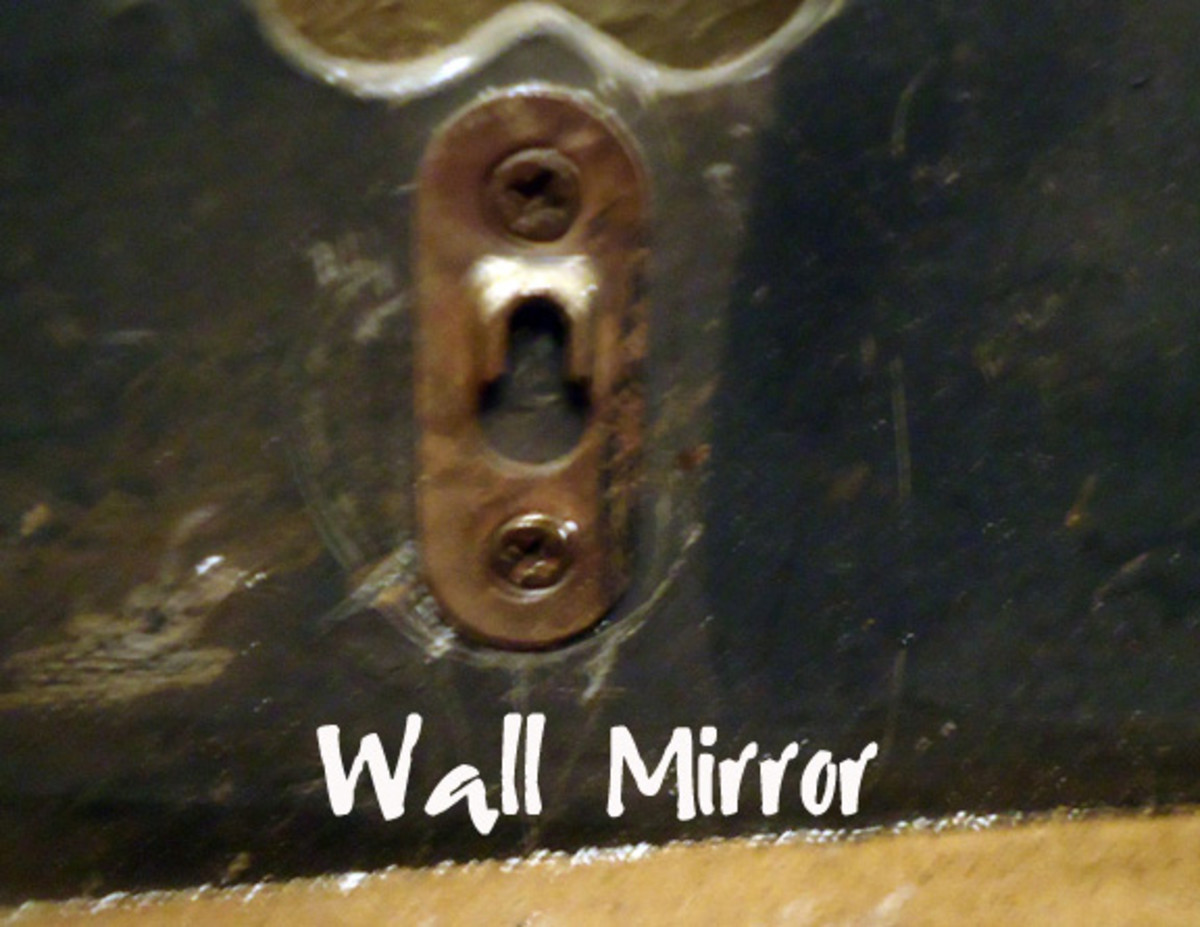 Hanger on back of decorative wall mirror