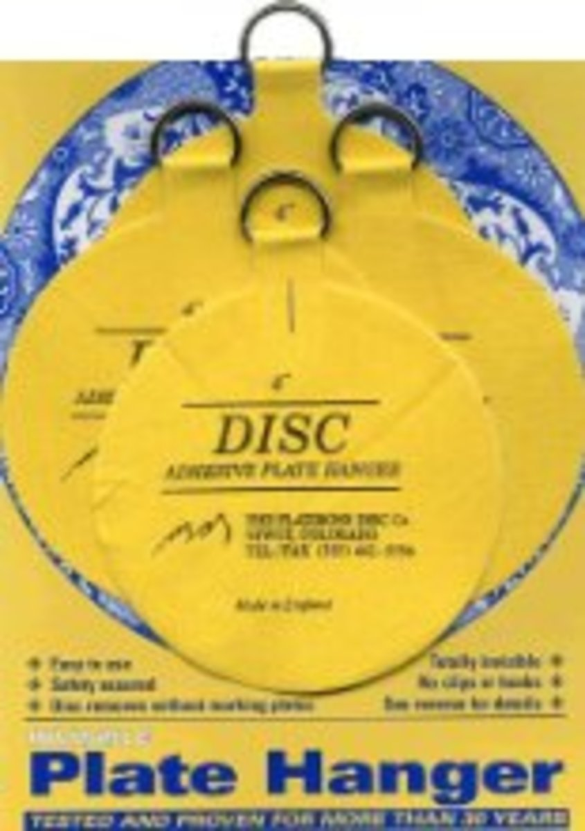 DISC plate hangers -- pretty nifty!