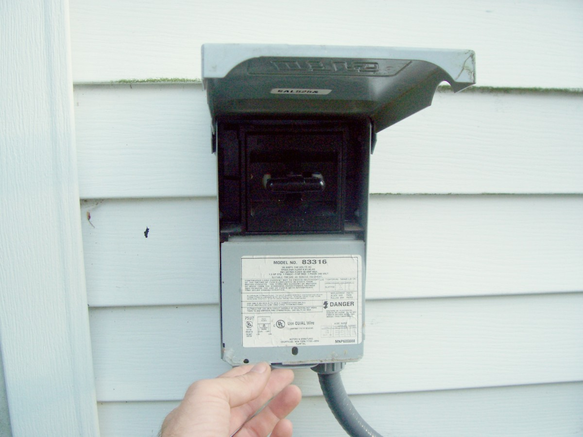 Article moreover How To Replace Air Conditioning Fuses as well  on fuse box is humming