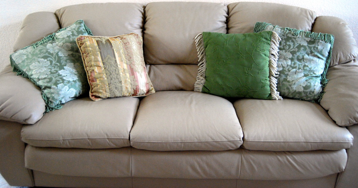 Prime How To Clean Your Microfiber Couch Dengarden Caraccident5 Cool Chair Designs And Ideas Caraccident5Info