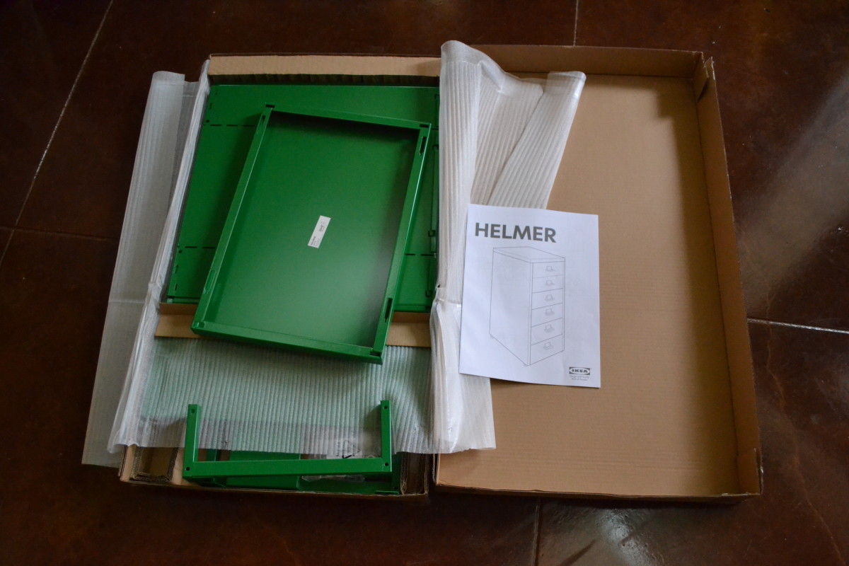 "How to Put Together an Ikea ""Helmer"" Drawer Unit"