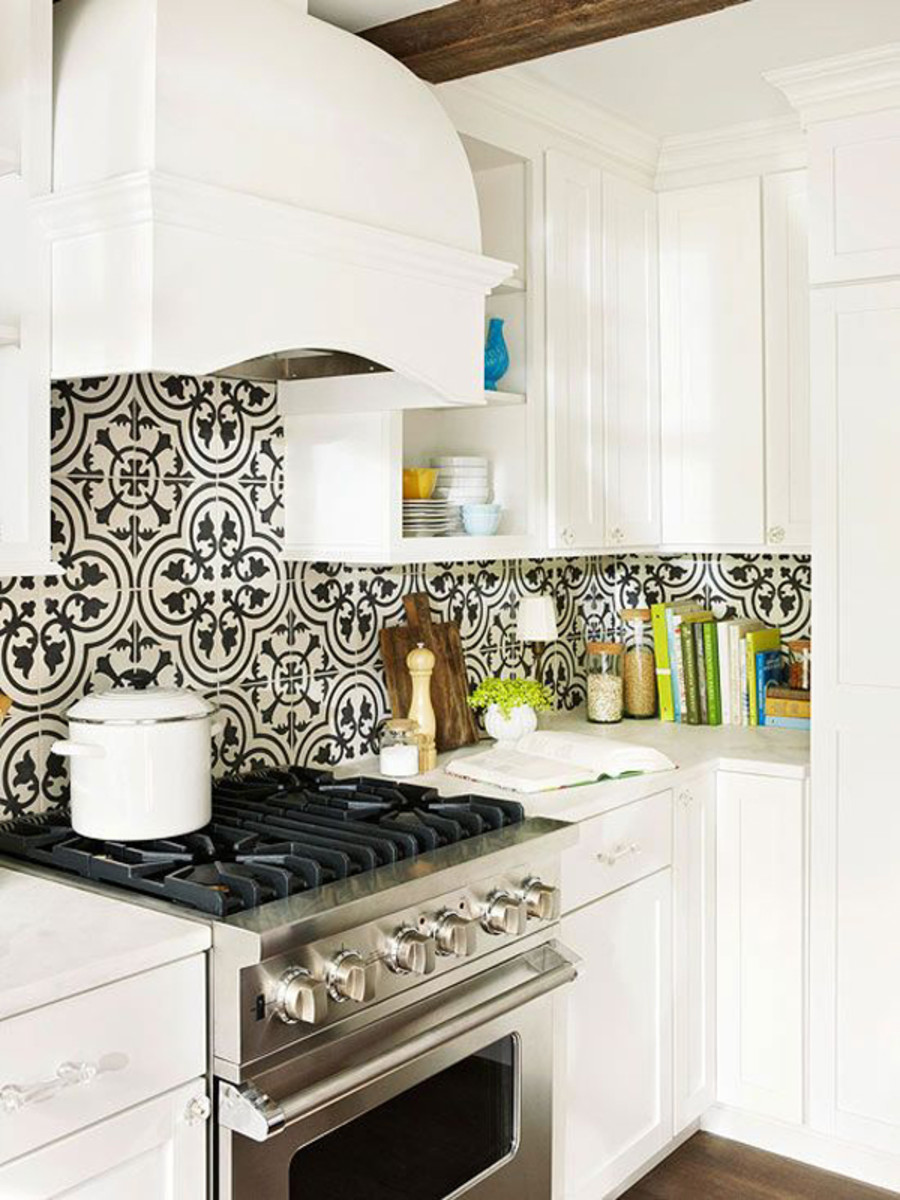 Black-and-white graphic tile gives the backsplash wall a visual pop.