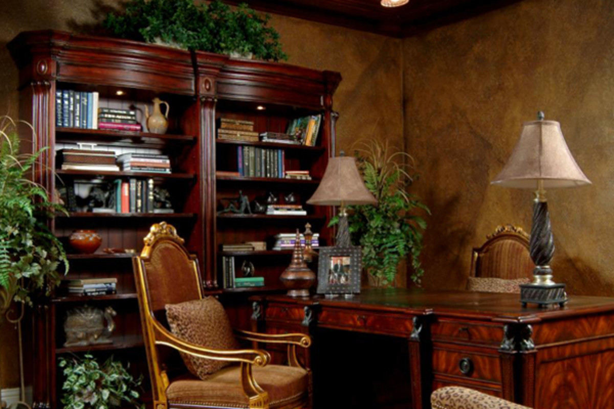 Decorating an Old World Style Home Office