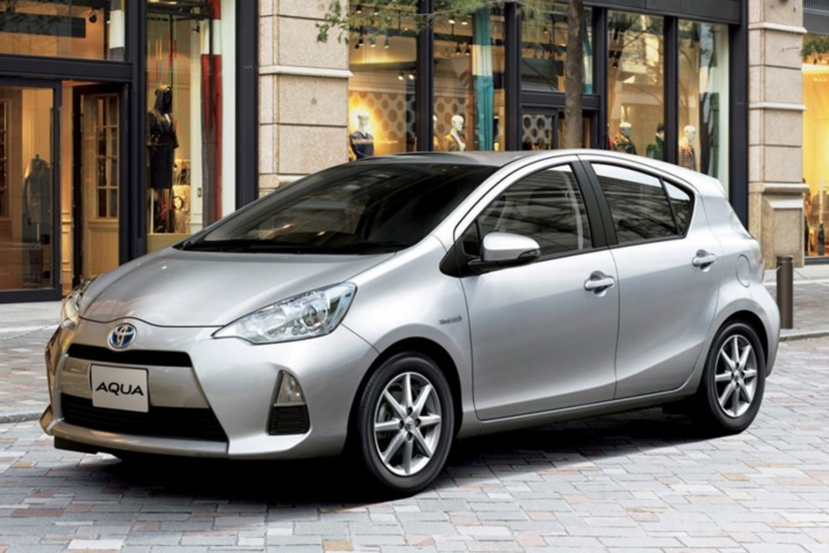 Aqua vs Prius vs Fit vs Vezel, A Japanese Auction Hybrid vehicle buying guide