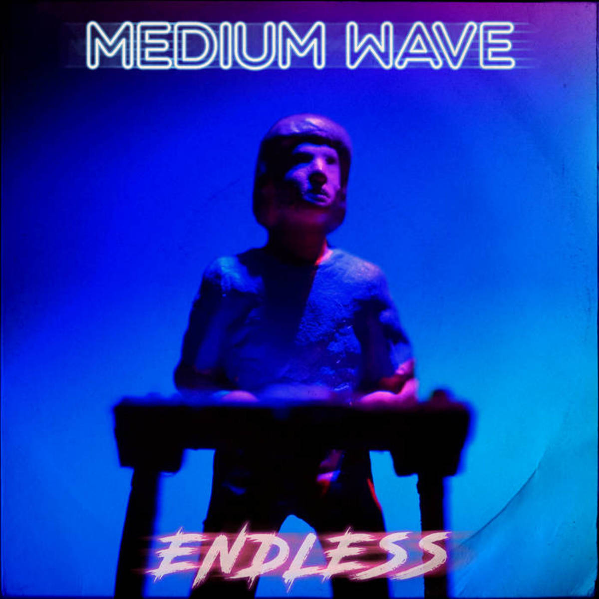 """Synthpop Single Review: """"Endless"""" by Medium Wave"""