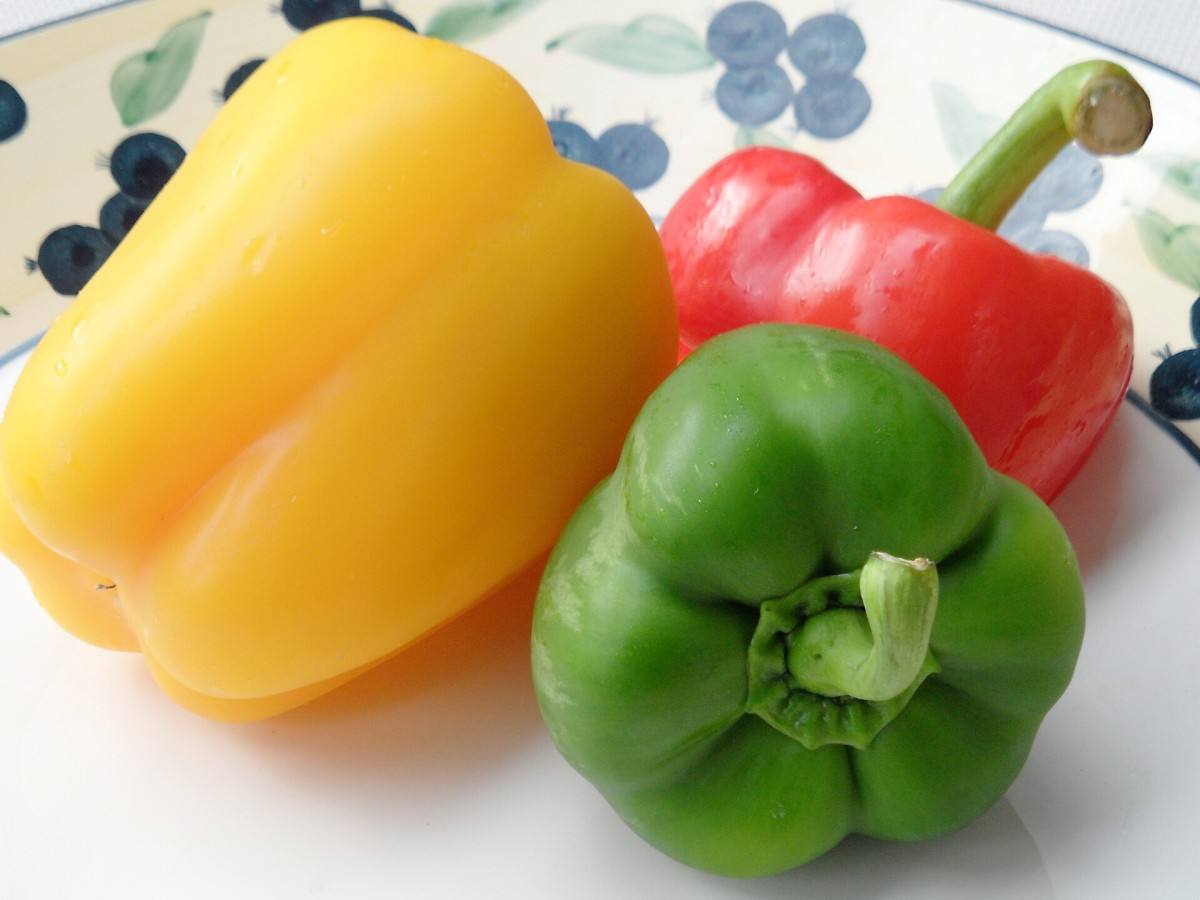 Like potatoes, bell peppers are nutritious nightshade plants and shouldn't be eliminated from the diet unnecessarily.