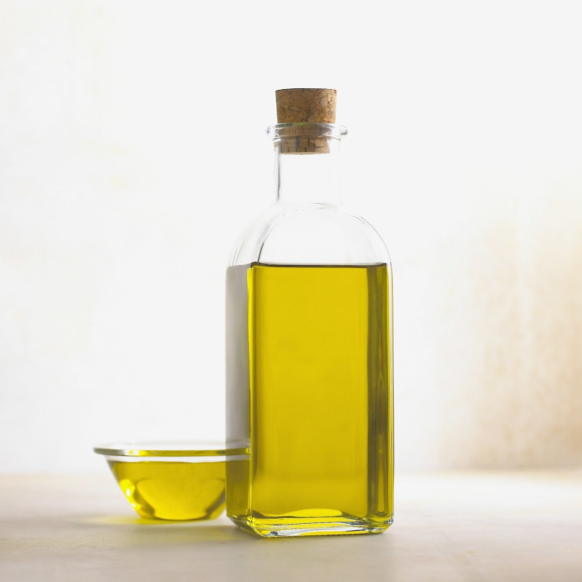 Olive oil is the main ingredient in gallbladder flush recipes.