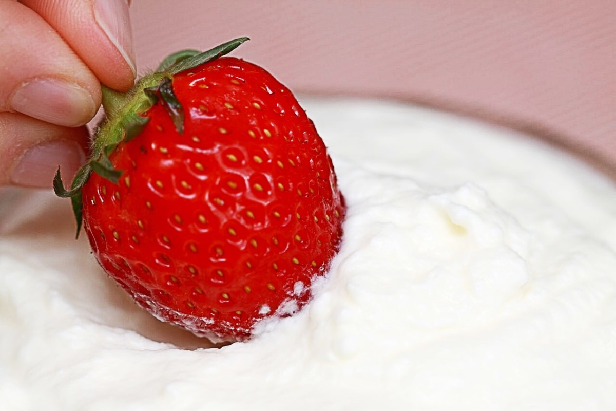 Berries and cream are allowed in a ketogenic diet.